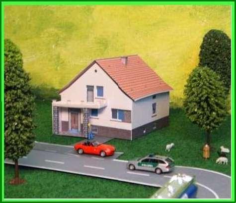 maquette papier de maison de village 1. Black Bedroom Furniture Sets. Home Design Ideas